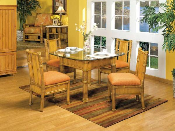 bàn ghế tre cổ điển